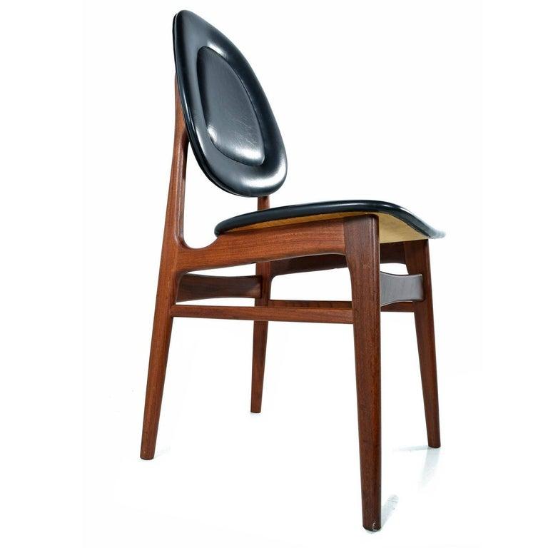 Brødrene Sørheim Norwegian Walnut Dining Chairs Set of Six For Sale 2