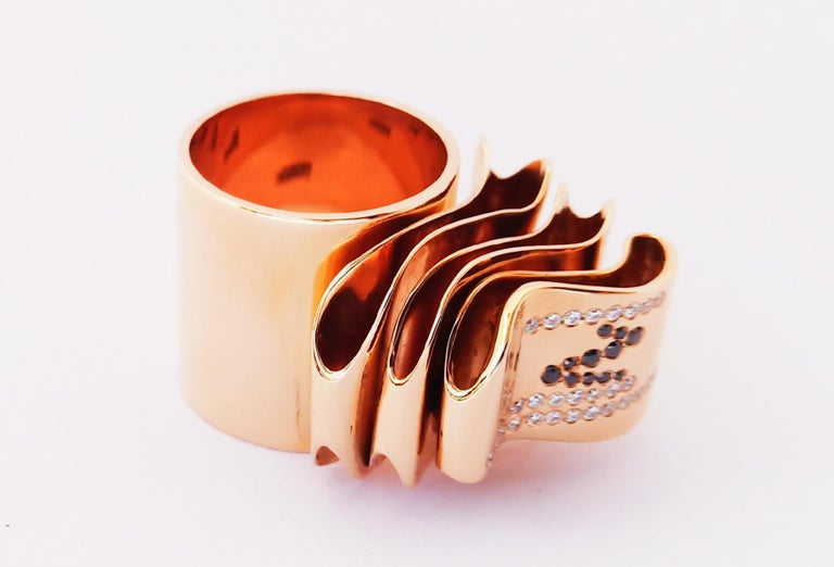 Articulate Your One of a Kind with Contemporary Diamond Rose Gold Fashion Ring For Sale 10