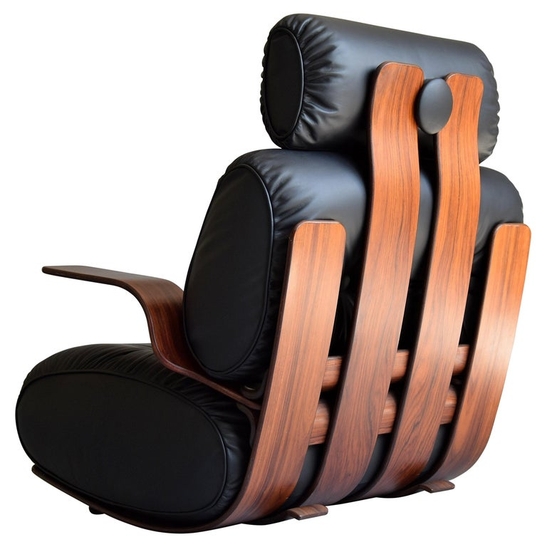 Breathtaking Mid-Century Modern Leather and Plywood Rocking Chair For Sale