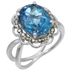 Breathtaking Modern Blue Topaz White Diamond White Gold Every Day Solitaire Ring