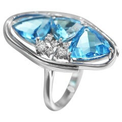Breathtaking Modern Blue Topaz White Diamond White Gold Ring