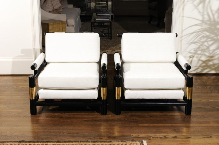 Breathtaking Pair of Modern Floating Pagoda Club Chairs by Baker, circa 1980 For Sale 5