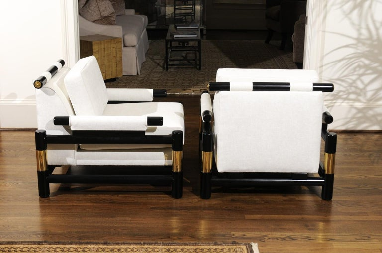 Mid-Century Modern Breathtaking Pair of Modern Floating Pagoda Club Chairs by Baker, circa 1980 For Sale