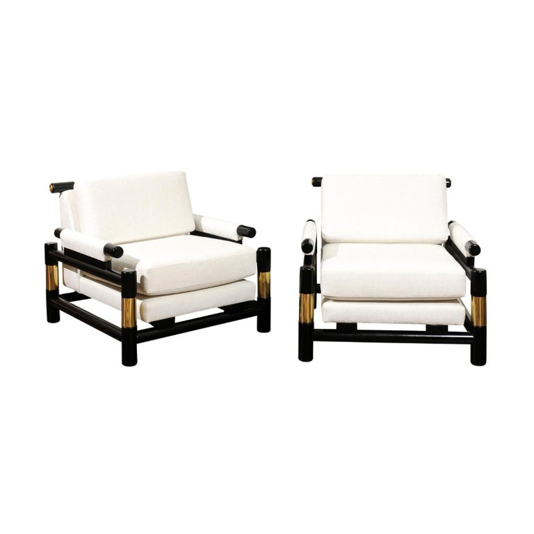 Breathtaking Pair of Modern Floating Pagoda Club Chairs by Baker, circa 1980 For Sale