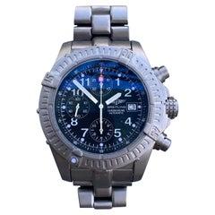 Breitling aeromarine Avenger Titanium Chronograph E13360