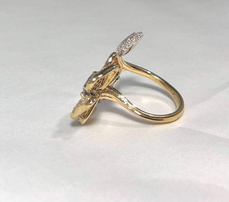Brent Kehrle Custom 14 kt 2 tone 1.20 carat fancy Round Diamond Cocktail Ring For Sale 4