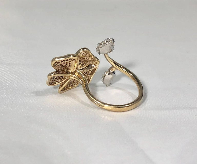 Brent Kehrle Custom 14 kt 2 tone 1.20 carat fancy Round Diamond Cocktail Ring For Sale 5
