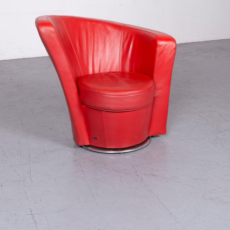 We bring to you a Bretz Eves Island leather armchair set red one-seat chair.