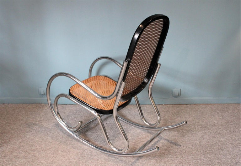 Breuer Rocking-Chair In Good Condition For Sale In Paris, FR