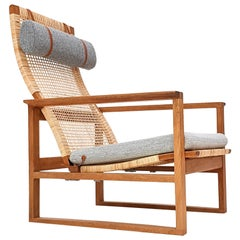 Børge Mogensen 2254 Oak Sled Lounge Chair In Cane, 1956, Fredericia, Denmark