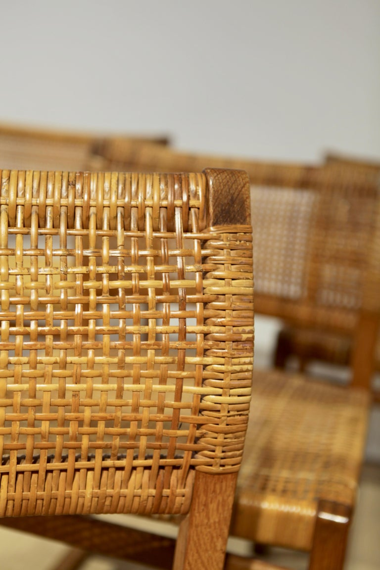 Børge Mogensen, 6 Dining Chairs in Oak and Woven Cane, Denmark, 1957 For Sale 4