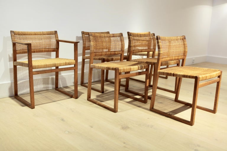 Børge Mogensen, 6 Dining Chairs in Oak and Woven Cane, Denmark, 1957 For Sale 1