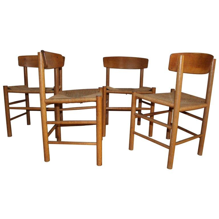 Fin Børge Mogensen a Set of Four J39 Oak Chairs For Sale at 1stdibs VO-17