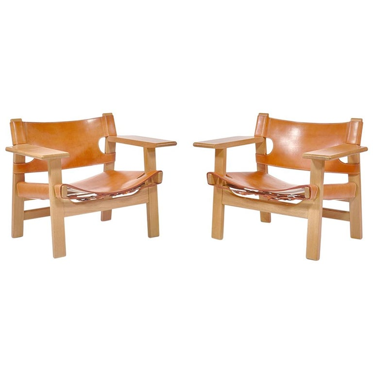 "Børge Mogensen Danish Modern Lounge ""Spanish Chairs"" in Oak and Saddle Leather For Sale"