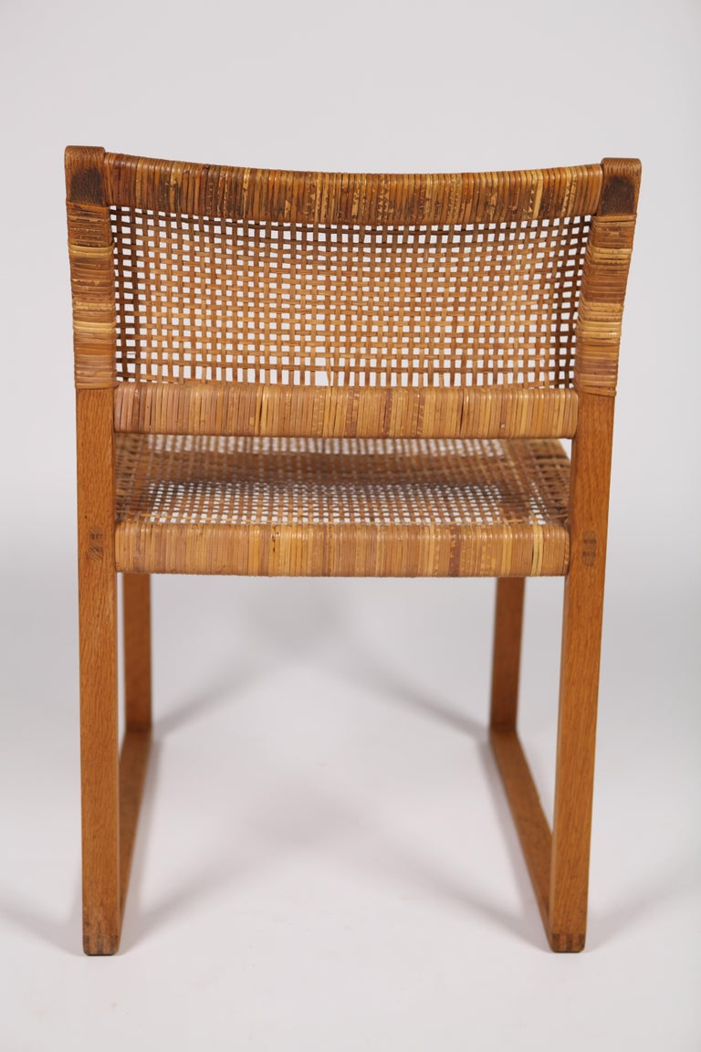 Børge Mogensen, Dining Chairs in Oak and Woven Cane, Denmark, 1957 For Sale 8