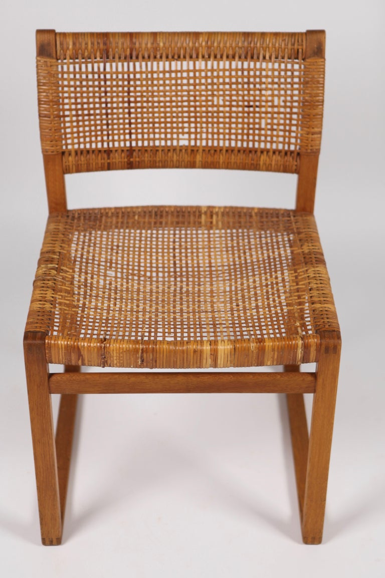 Børge Mogensen, Dining Chairs in Oak and Woven Cane, Denmark, 1957 For Sale 11