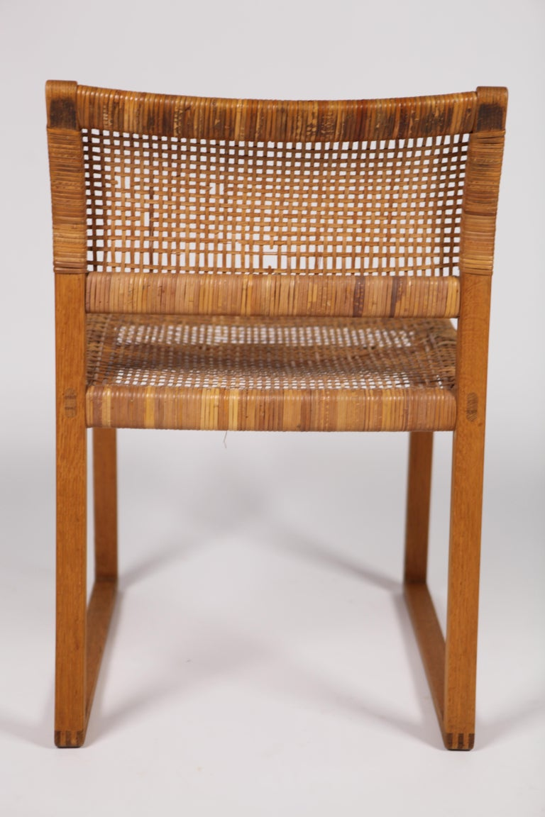 Børge Mogensen, Dining Chairs in Oak and Woven Cane, Denmark, 1957 For Sale 12