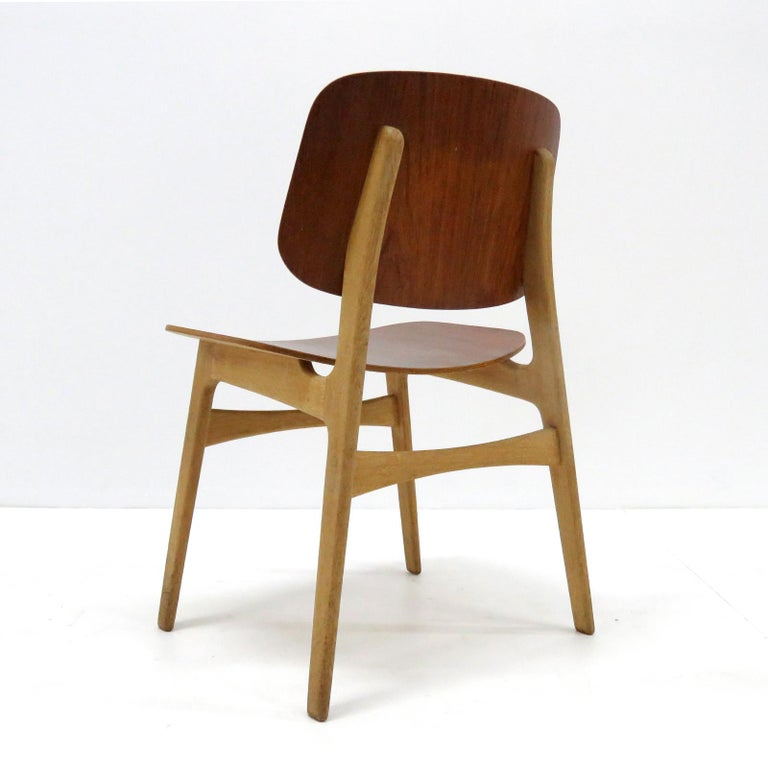 Børge Mogensen Dining Chairs, Model 122, 1950 In Good Condition For Sale In Los Angeles, CA