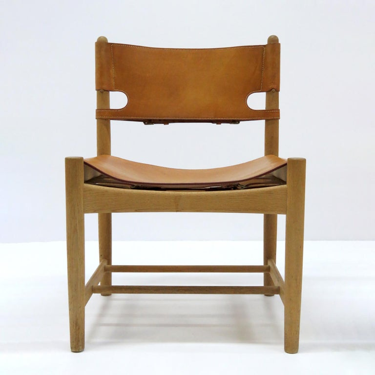 Wonderful set of eight Børge Mogensen 'Hunting' chairs, model no. 3237 for Fredericia Furniture, with saddle leather on oak frames, great patina.