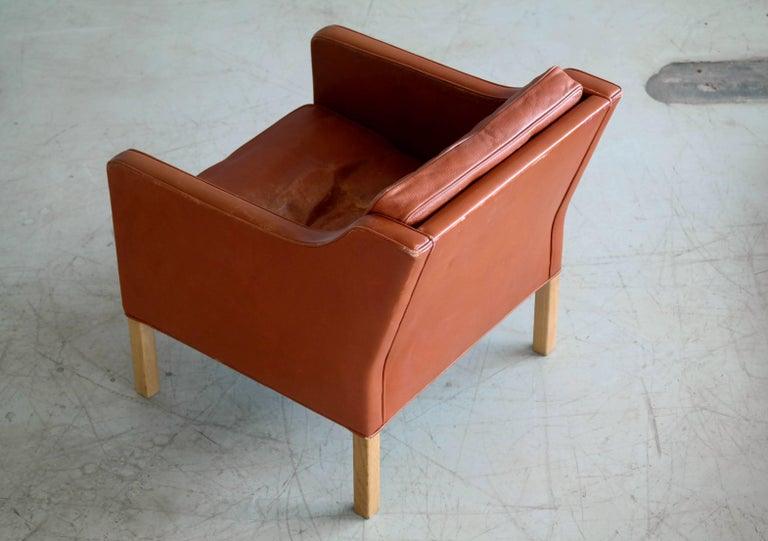 Mid-20th Century Børge Mogensen Lounge Chair Model 2421 in Down Filled Cognac Colored Leather For Sale