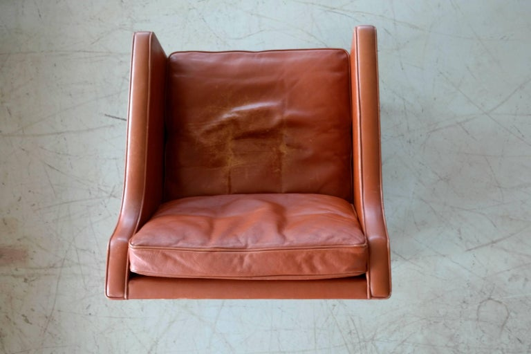 Børge Mogensen Lounge Chair Model 2421 in Down Filled Cognac Colored Leather For Sale 3