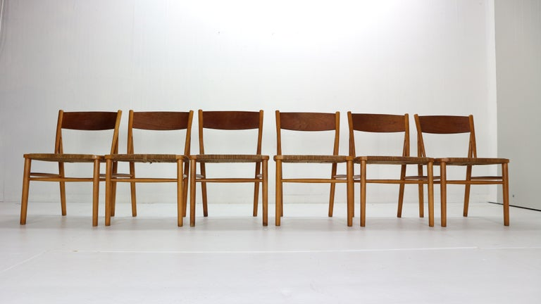 Scandinavian Modern period set of 6 dinning room chairs designed by Børge Mogensen for Søborg Møbler manufacture in 1950s period, Denmark. Model No. 157. rare model! Teak framed dining chairs with handwoven original paper cord seating. The cord
