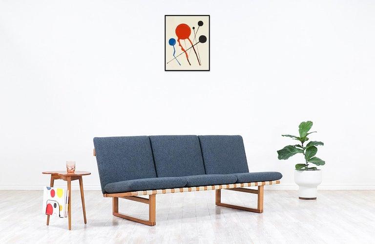 Mid-Century Modern Børge Mogensen Model 211 Oak Sofa for Fredericia Stolefabrik For Sale