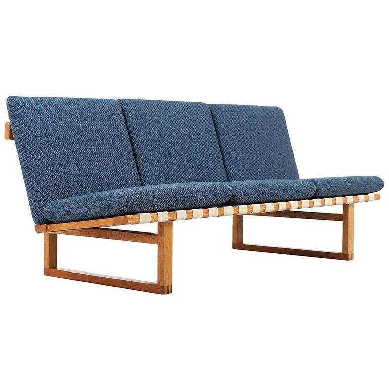 Børge Mogensen Model 211 Oak Sofa for Fredericia Stolefabrik For Sale