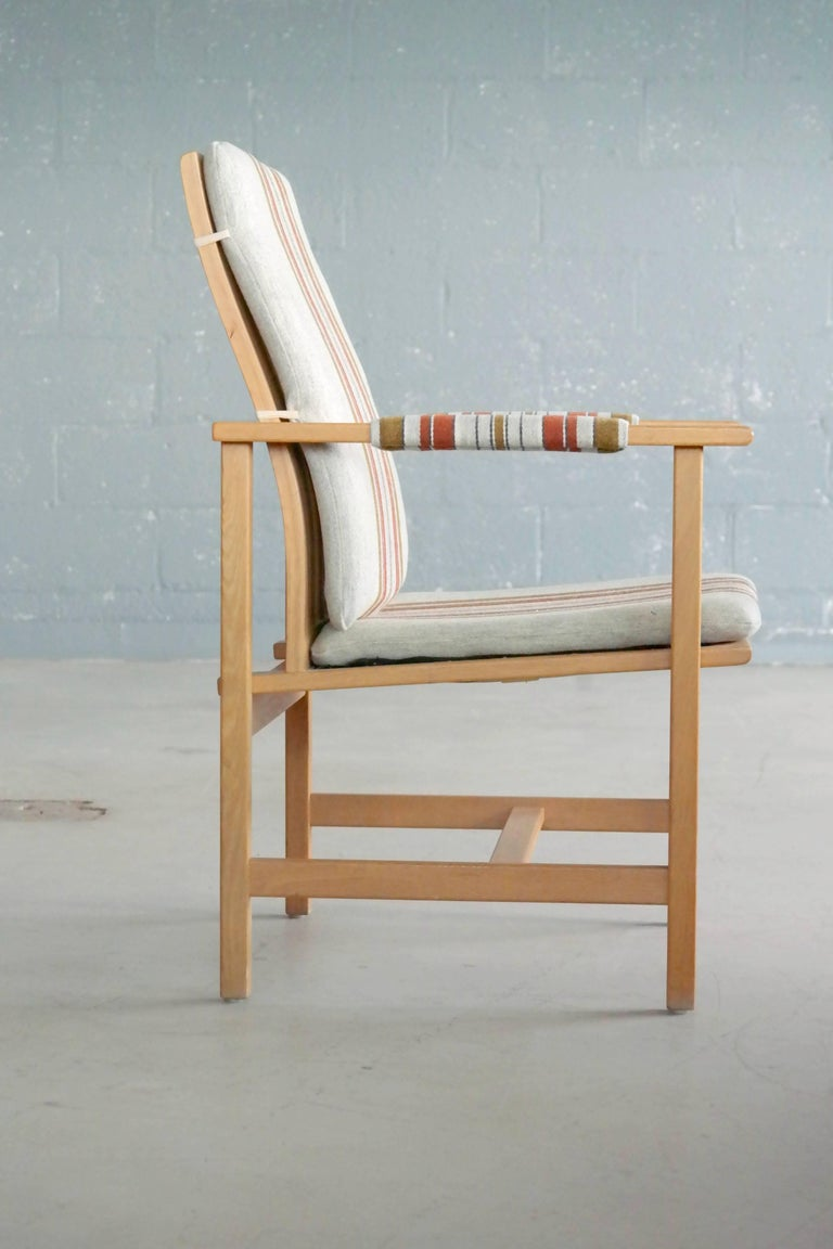 Børge Mogensen Model 2257 1960s Oak Lounge Chair for Fredericia Stolefabrik 3