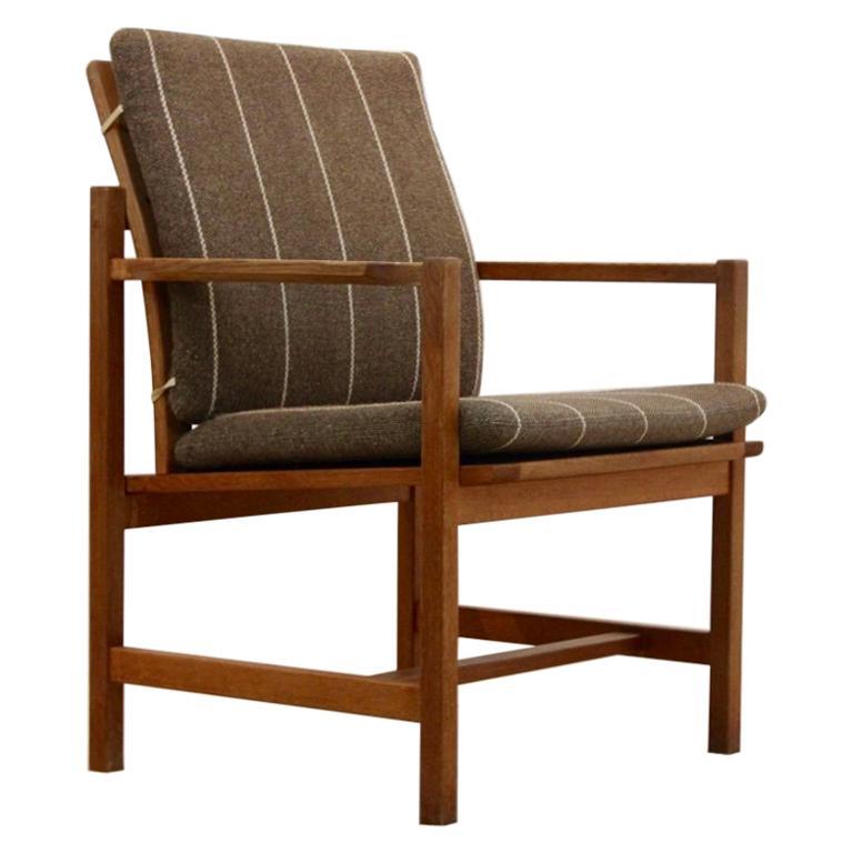 Børge Mogensen Model 3233 Oak Armchair by Fredericia Stolefabric, Denmark