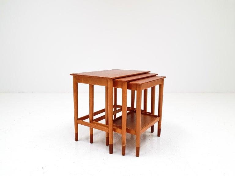 Danish Børge Mogensen Nest of Tables for Søborg Møbelfabrik, Denmark, 1960s For Sale