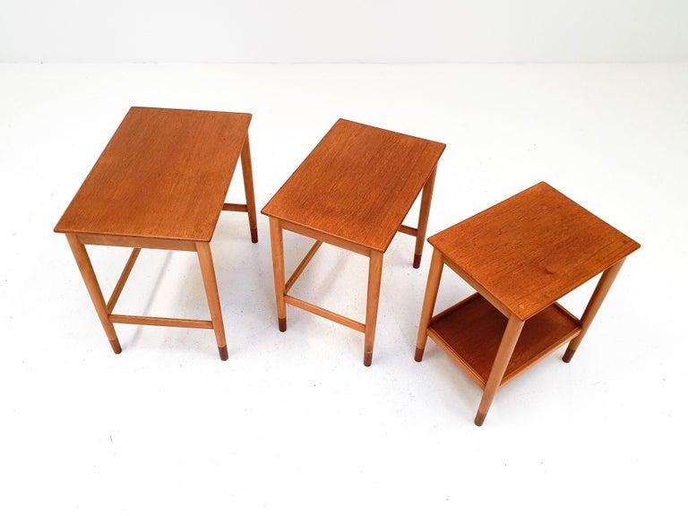 Børge Mogensen Nest of Tables for Søborg Møbelfabrik, Denmark, 1960s In Good Condition For Sale In London Road, Baldock, Hertfordshire