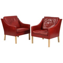 Børge Mogensen Pair of Lounge Chairs in Original Red Leather, Model 2207
