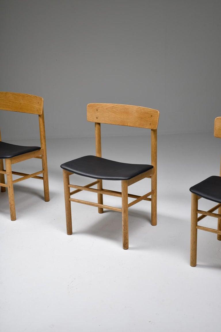 Børge Mogensen Scandinavian Modern Dining Chairs in Oak For Sale 2
