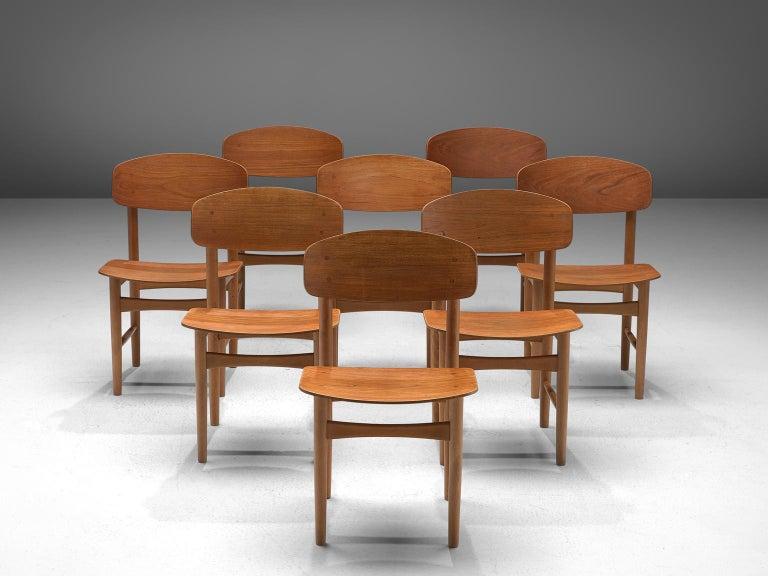 Scandinavian Modern Børge Mogensen Set of Eight Dining Chairs in Teak For Sale