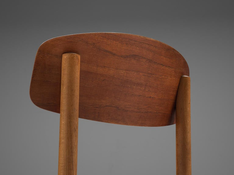 Børge Mogensen Set of Eight Dining Chairs in Teak For Sale 1