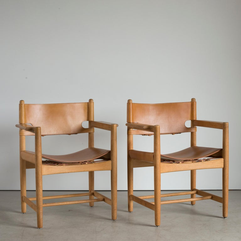 Scandinavian Modern Børge Mogensen Set of Six Dinning Chairs for Fredericia Furniture For Sale