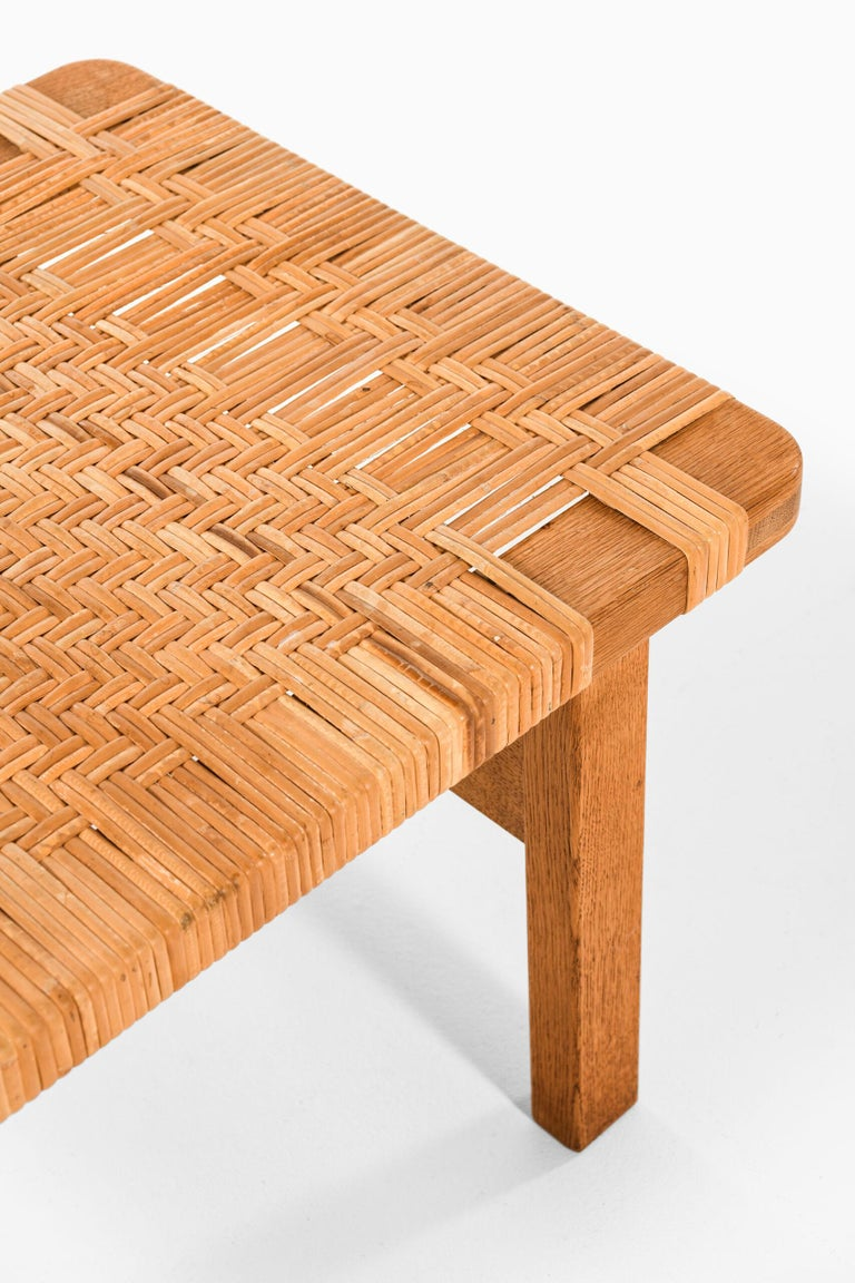 Rare pair of side tables or benches model 5273 designed by Børge Mogensen. Produced by Fredericia Stolefabrik in Denmark.