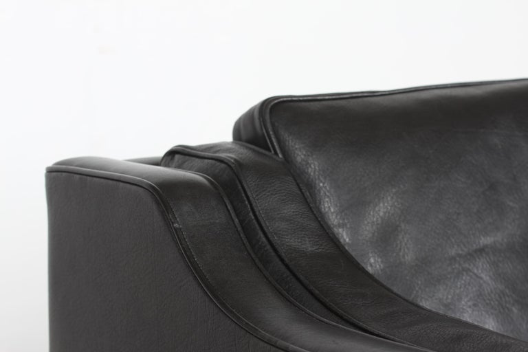 Børge Mogensen Sofa 2212 with Black Leather by Fredericia Stolefabrik, 1981 In Good Condition For Sale In Aarhus C, DK