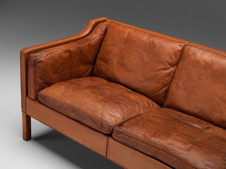 Mid-Century Modern Børge Mogensen Sofa Model 2213 in Cognac Leather For Sale
