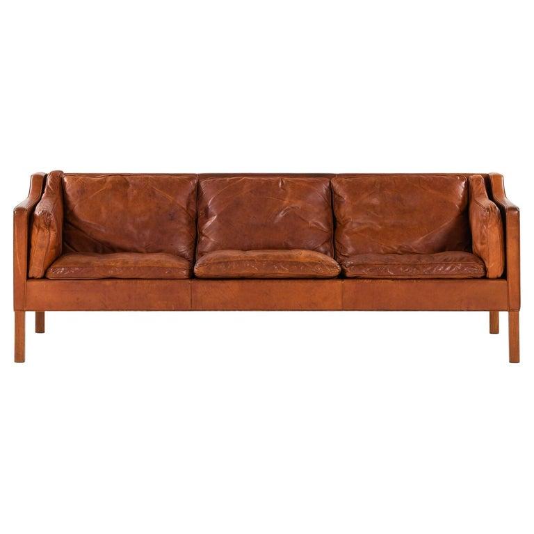 Børge Mogensen sofa model 2213, 1963, offered by Studio Schalling