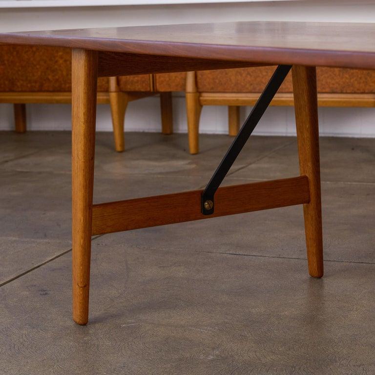 Børge Mogensen Teak and Oak Coffee Table for Fredericia Stolefabrik For Sale 4