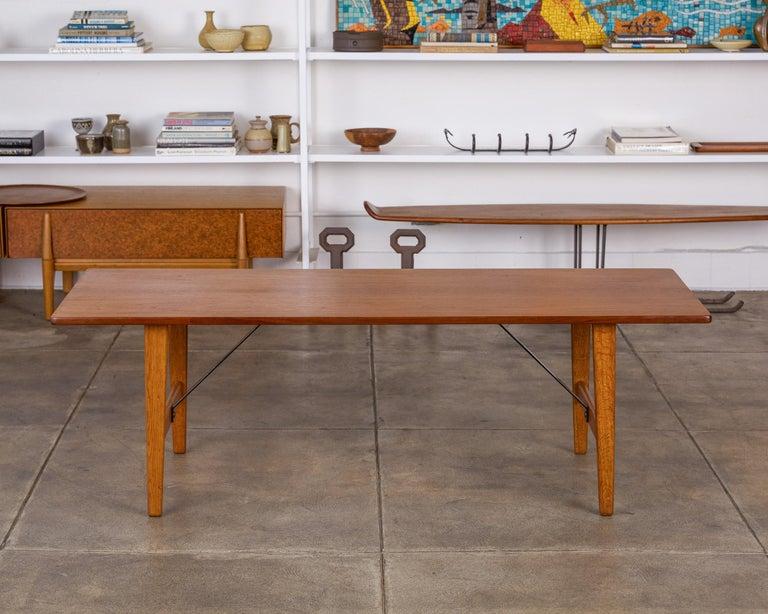 Scandinavian Modern Børge Mogensen Teak and Oak Coffee Table for Fredericia Stolefabrik For Sale