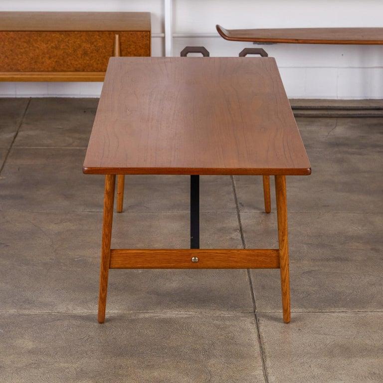 Danish Børge Mogensen Teak and Oak Coffee Table for Fredericia Stolefabrik For Sale