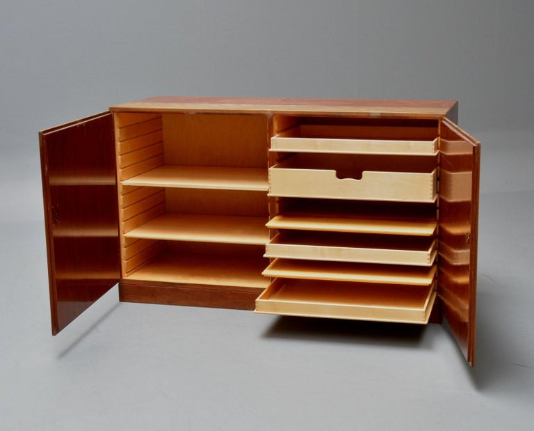 Scandinavian Modern Børge Mogensen Teak China Cabinet Model 232 For Sale