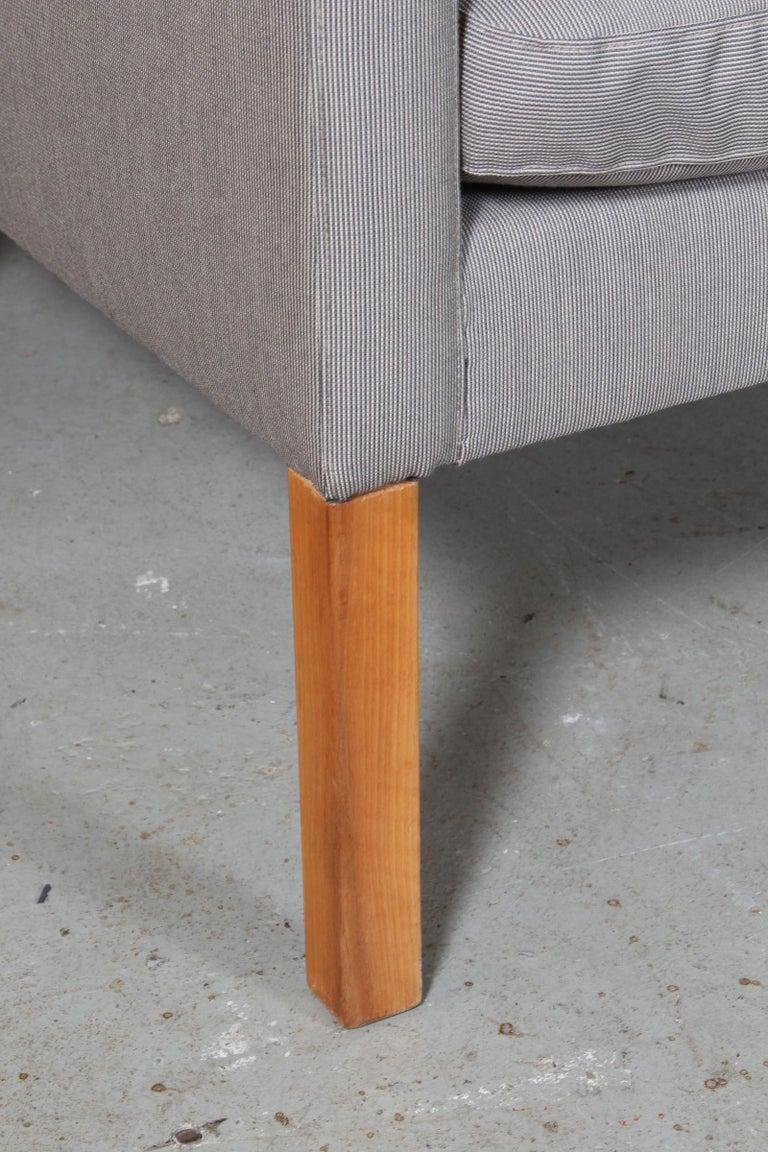 Børge Mogensen Three-Seat Sofa In Good Condition For Sale In Esbjerg, DK