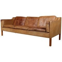 Børge Mogensen Three-Seat Sofa, Model 2213, Original Patianted Nature Leather