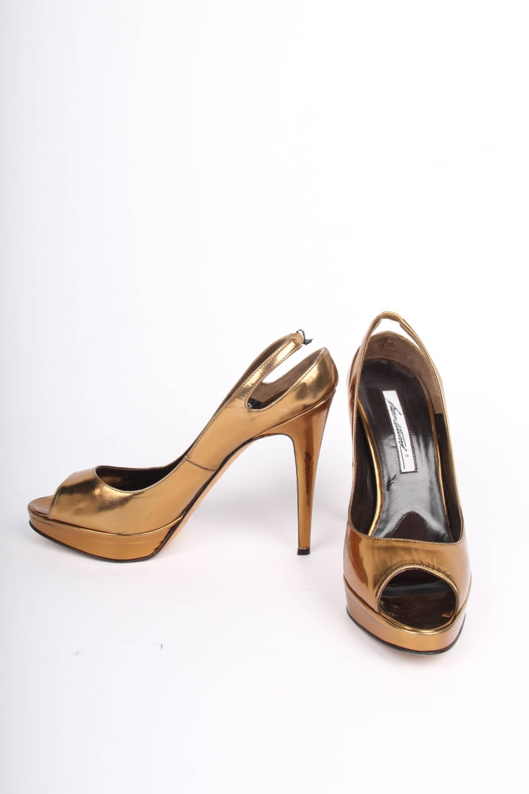 Brian Atwood Peep Toe Pumps - metallic bronze leather In Good Condition For Sale In Baarn, NL