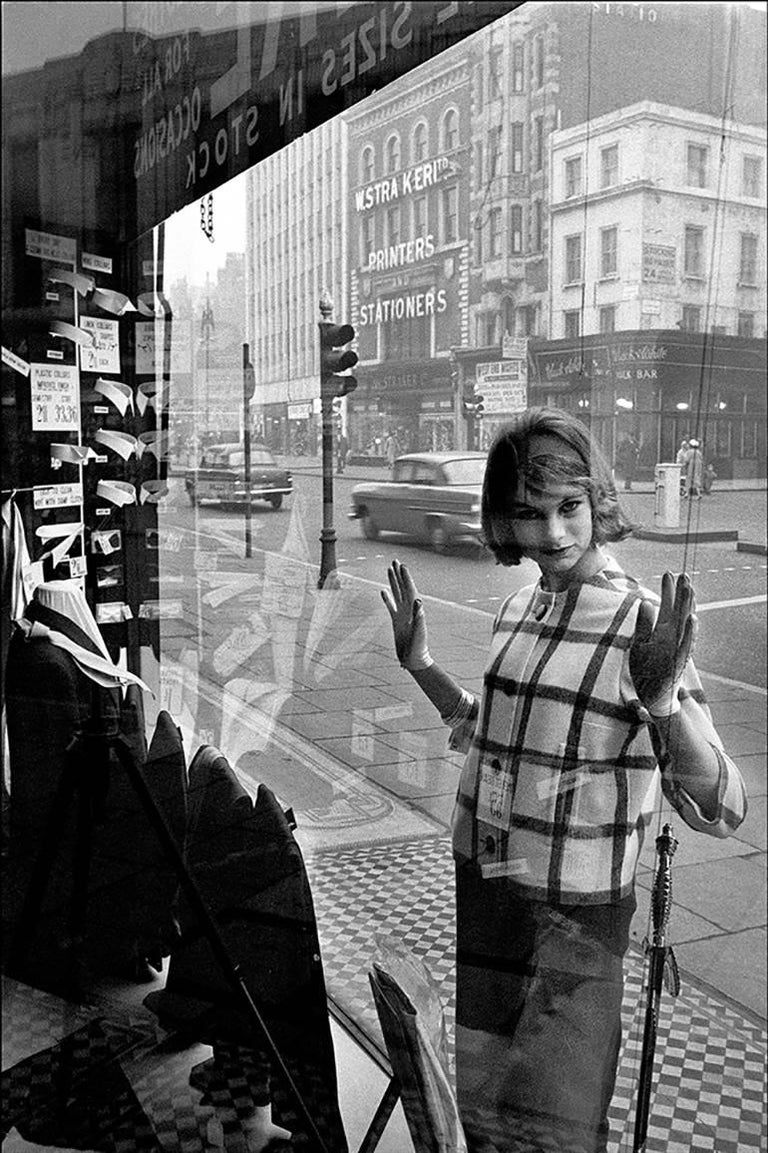 Jean Shrimpton, Edgware Road, London