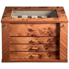 Briar Locking Chest for 28 Watches by Agresti